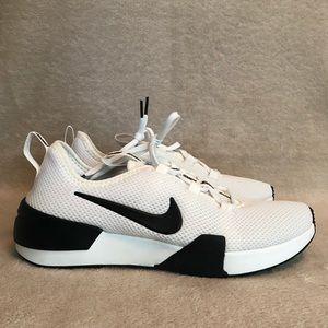 Nike Women's Ashin Modern, Size 9